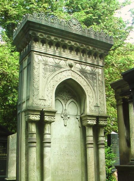 Monumentales Grabmal von Max und Therese Heilbronner im maurischen Stil